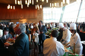 300 guests enjoy an evening of food & wine