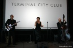 Lesismore performs live jazz