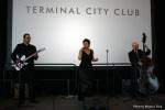Lesismore performs live jazz