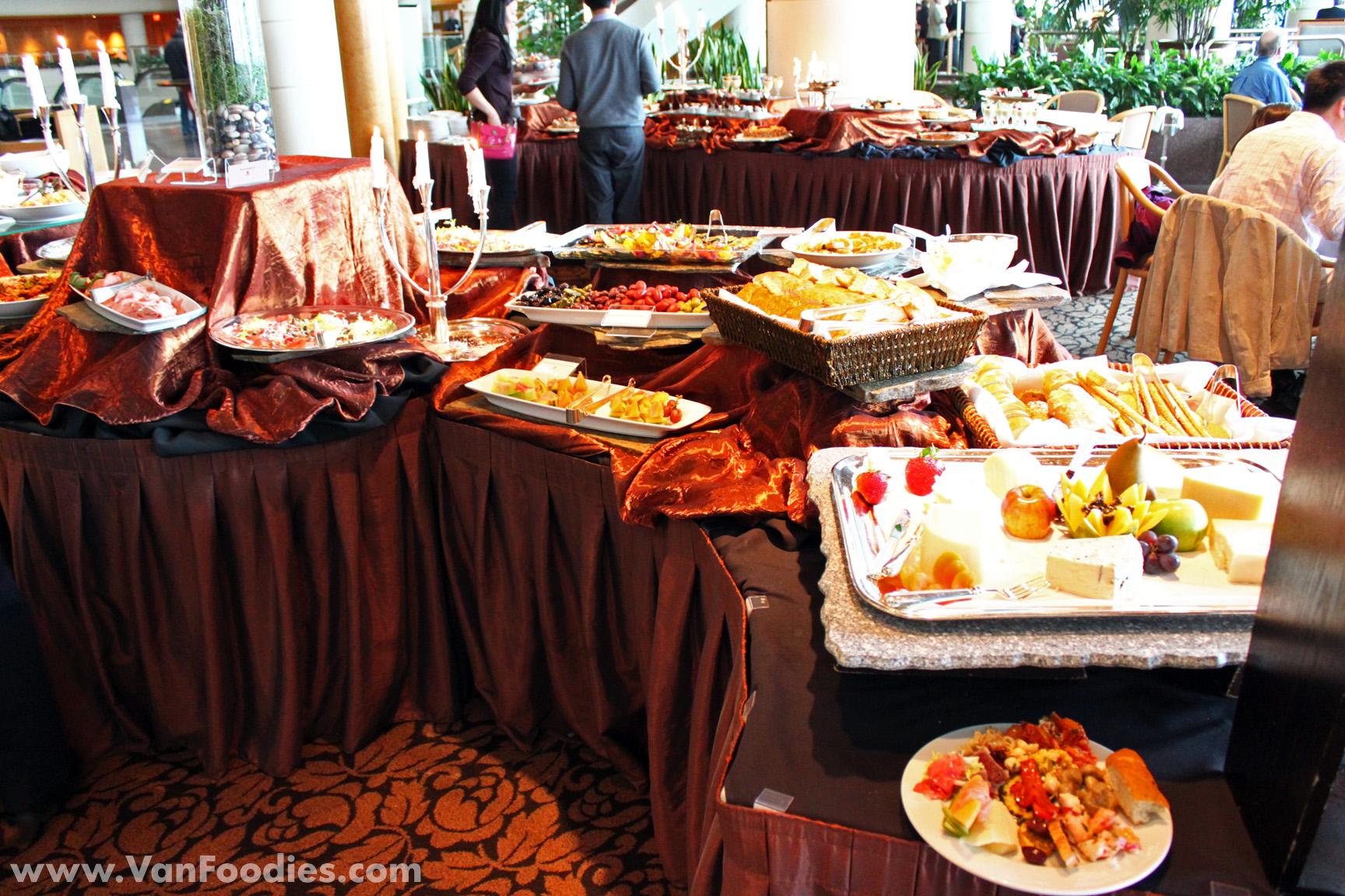 Italian opera buffet at cafe pacifica for Italian buffet