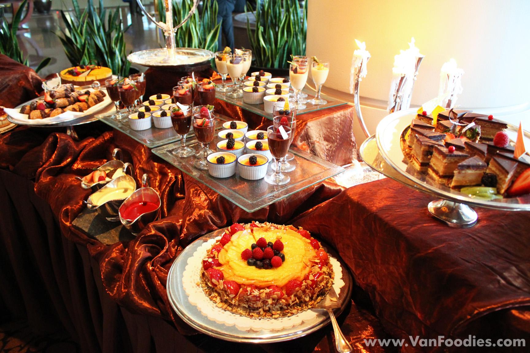 christmas dessert buffet on pinterest | just b.CAUSE