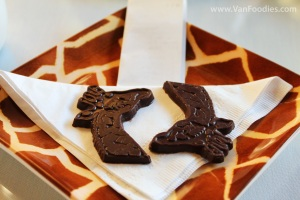 Giraffe Chocolate to Finish