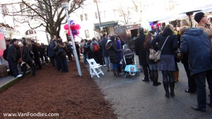 SUPER long line up for Mom's Grilled Cheese Truck