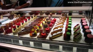 Mouth-watering cakes and desserts 2