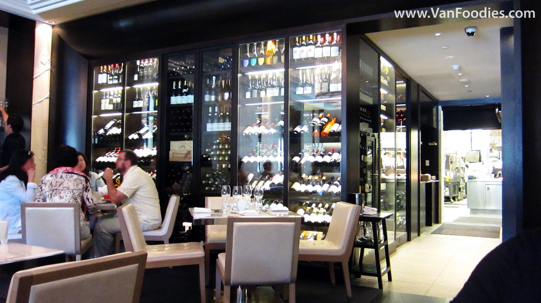 Walk in wine cellar for Walk in wine room