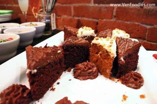 Carrot cake & Chocolate cake