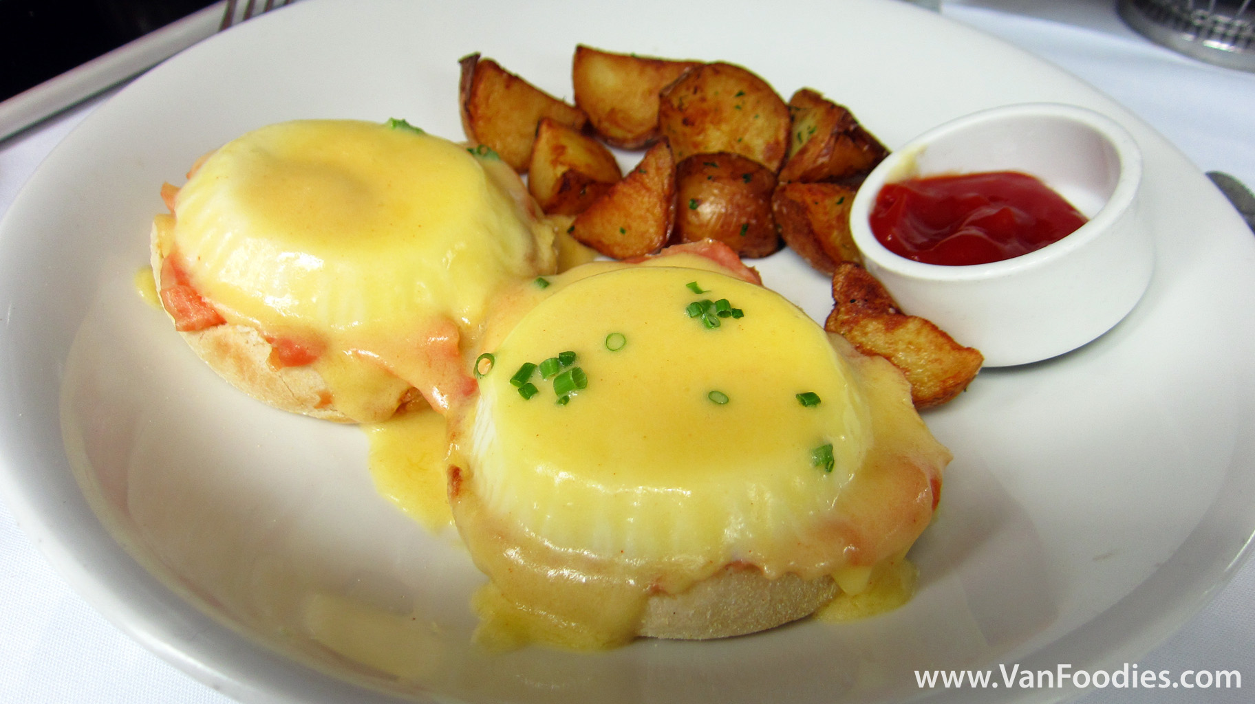 Fish House in Stanley Park » Smoked Salmon Eggs Benedict