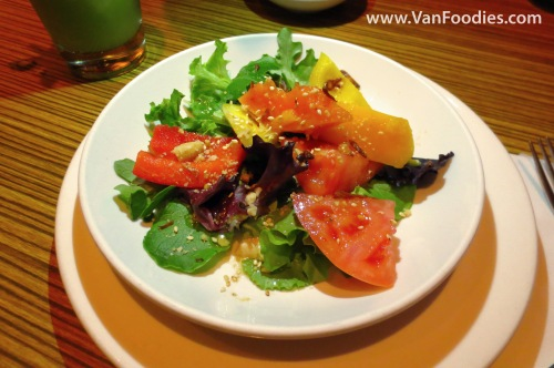 Papaya & Pineapple Green Salad