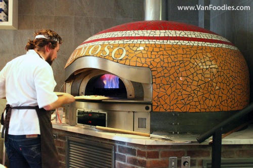 The 900F bell oven at Famoso