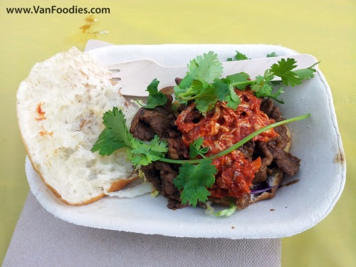 Roaming Dragon's Korean Bulgogi Gordita