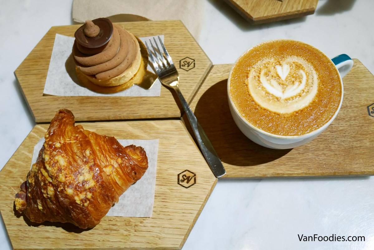 Small Victory Bakery - Brunch over Mont Blanc