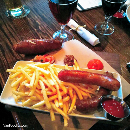 Build Your Sausage Plate - The Donnelly Group