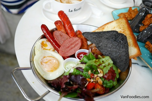 Sausage Platter at La Foret